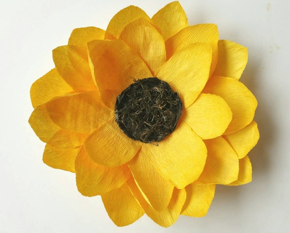 Crepe paper sunflower giant crepe paper by sophiaandroseco for Crepe paper wall flowers