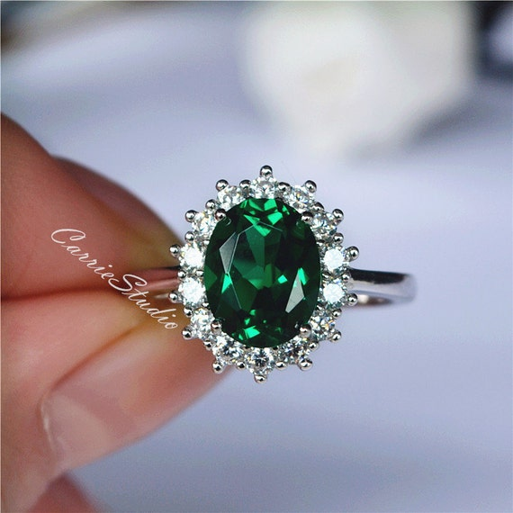 Gorgeous Oval Emerald Ring Emerald Engagement Ring/ Wedding