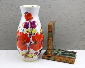 orcelain vase from the 50s