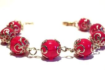 Beads Bracelet roses fuchsia, Cup shape flowers