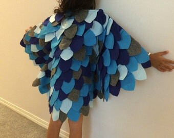 Blue owl wings