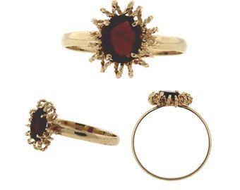 Vintage / Estate Garnet Ring