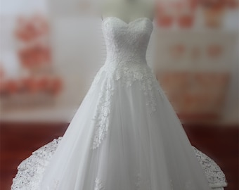 Real Samples Lace Wedding Dress Sweetheart Lace-up Bridal Gown W040