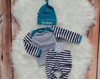 Baby boy coming home outfit//Baby boy outfit//Black and white stripes//peacock blue trim//Baby boy clothes//Baby shower gift