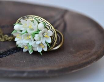 Locket necklace. White blossom flower locket necklace pendant. Vintage locket. Flower locket. Photo locket. Christmas gift for her women