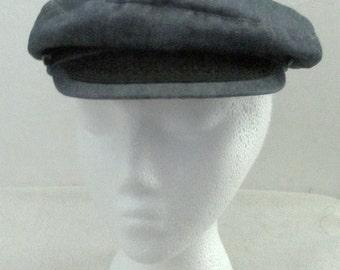 A Vintage 70s era,Blue Denim CAPTAIN'S Style Hat.M