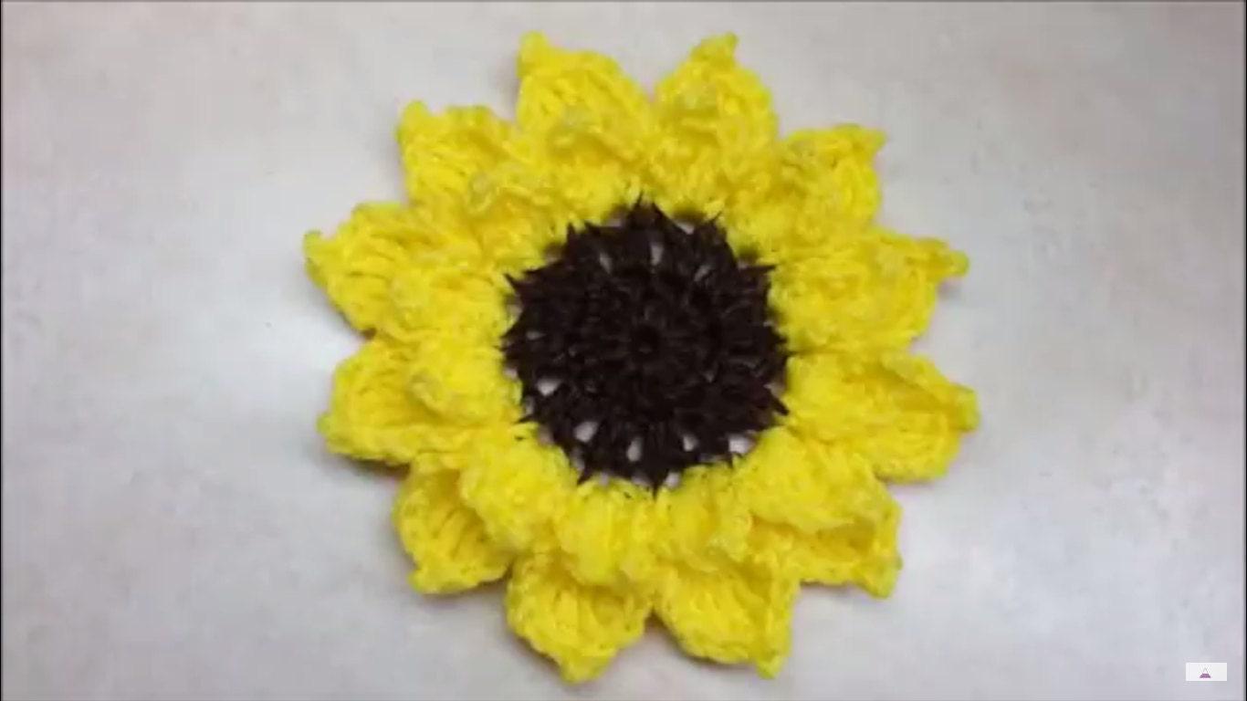 Sunflowers Amigurumi Crochet Pattern Plant : Easy Crochet Sunflower Pattern DIGITAL DOWNLOAD ONLY