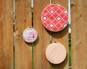 embroidery hoop accents
