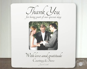 Gifts for your wedding officiant
