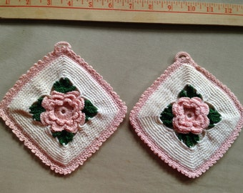 "Pink Old Rose with Green on White Double Crochet Scalloped Edge 6"" Pot Holders  ESTATE"