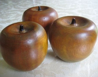 Vintage Solid Wooden Apples - Set of 7- Country / Fall Kitchen Decor / Apple Centerpieces