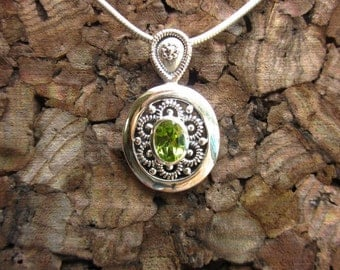 Peridot & Antiqued Sterling Silver Necklace - #150