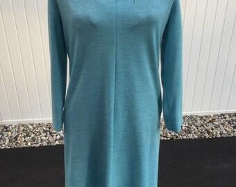Vintage 1960s-70s Henry Lee blue V neck dress size 12-14