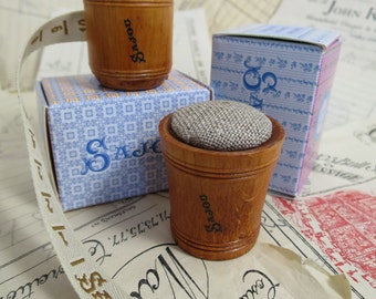 Sajou Hornbeam Wooden Tape Measure & Pin Cushion- Ecru