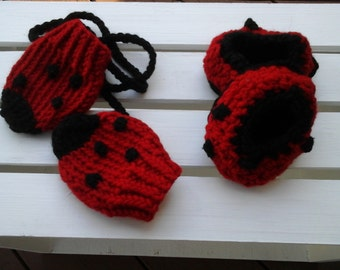 Crochet Baby Slippers, 18-24 months , Crochet House Shoes, -ready to ship
