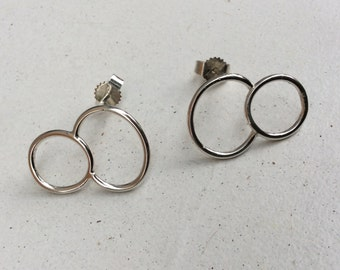 2 circle earrings in Sterling silver