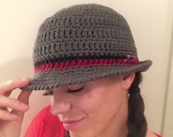 "Una ""Top"" Hat"