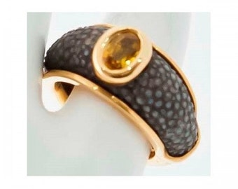 Vintage Bangle Mineralife yellow gold, yellow sapphire ring and Stingray