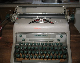 Typewriter manual Smith Corolla 1950/60s
