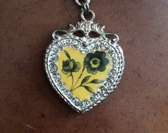 Vintage Heart Keychain