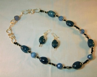 """N-B-100:  Original Necklace handmade with earring 17"""""""