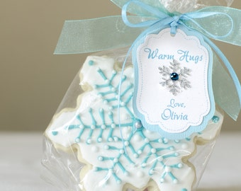 12 Frozen Inspired Favor tags, PERSONALIZED, Winter wonderland, Snowflakes, Birthday decorations