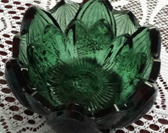 FENTON Lotus or Water Lily Green Glass Tea Light CANDLE HOLDER