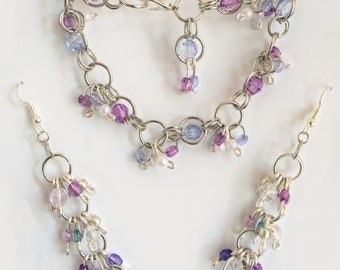 Silver plated chainmaille and bead bracelet and pendant earrings set