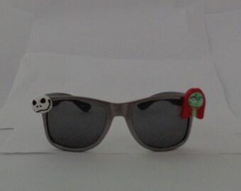 Disney Nightmare Before Christmas Jack Skellington Sally silver Wayfarer sunglasses holiday novelty costume party theme gift gray halloween