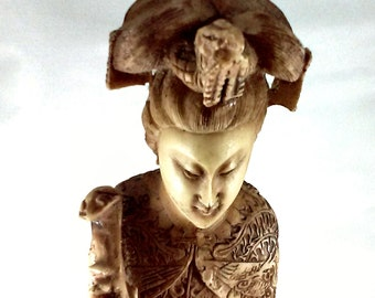 Artmark Resin Oriental Woman and Snake Statue made in Italy