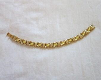 Vintage Gold Tone and Glass Cabochon Ladies Bracelet