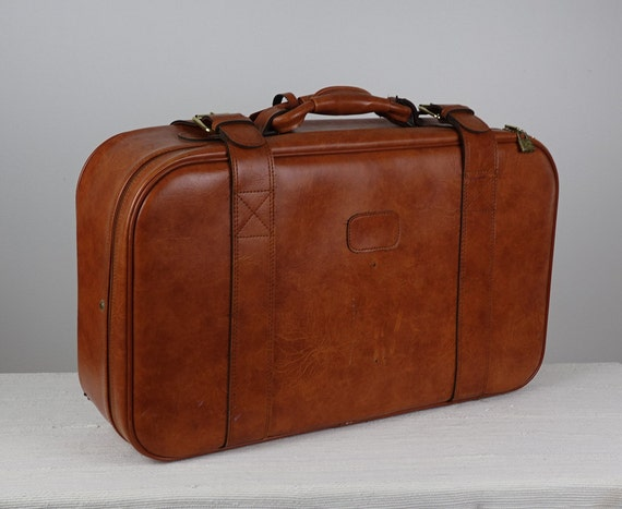 valise vintage en faux cuir sac de voyage r tro weekend. Black Bedroom Furniture Sets. Home Design Ideas