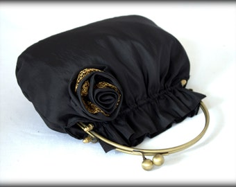 Evening bag with rose