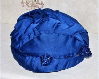 Royal Blue Hat, Vintage Blue Pillbox, Cocktail Hat Beaded Hat Pins, Ladies Cocktail Hat, Ladies Blue Pillbox, Blue Dress Hat