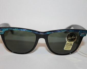 New Vintage B&L Ray Ban Wayfarer Electric Blue Black Street Neat L1723 50mm USA