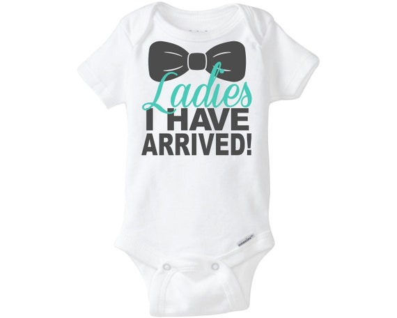 boy girl twin baby jumpers baby bodysuit Not all baby bodysuits are created equal – this popular style is a must-have for your precious little bundle. The neckband is designed for easy on-and-off and a three-snap closure makes diaper changes a cinch.