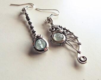 Asymmetric ethnic earrings - fluorite - old money