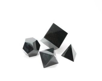 Obsidian tetrahedron