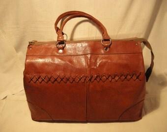Vintage 1970's Light Brown Leather Travel Bag - Medium Size