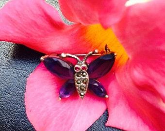 Butterfly Brooch / Rhinestone Butterfly Brooch / Vintage Jewelry / Costume Jewelry