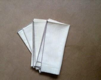 Linen Napkins. Set of 4