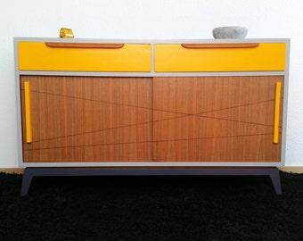 Grand buffet, 2 sliding doors, yellow and grey