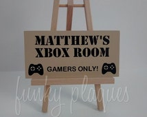 Personalised Gaming Gamers Xbox PS4 PS3 Boys Man Cave Son Brother Teen Nephew Boyfriend Dad Funny Room Door Wall Name Sign Plaque Gift