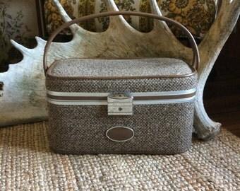 Vintage Brown Tweed Skyway Train Case // Vintage Luggage Beauty Case // 1960s Vintage Train Case // Tweed Train Case Amazing Condition
