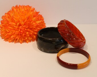 Vintage Lucite Bangles - Bracelets - Brown Bangles - Set f 3 Bracelets - Acrylic Bangles