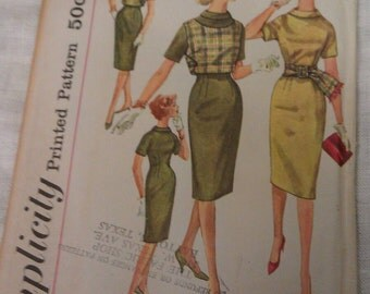 Simplicity Pattern No. 3541 Size 10 Teen Bust 30