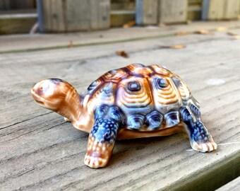 Wade Toistoise Figurine /  Wade Turtle Figurine / Collectable Toirtoise or Turtle Porcelain Figurine / Vintage Toirtoise or Turtle Figurine