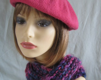 Tam/beret in pink wool