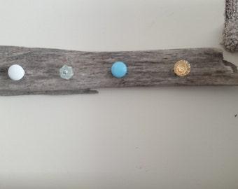 driftwood knob hanger
