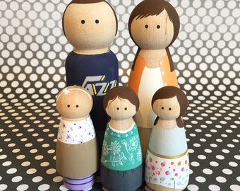 Family of Five -- Custom, Hand painted Peg Dolls -- Wooden Dolls